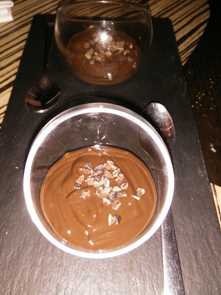 Ganache con virutas de chocolate.
